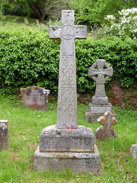 R H Forster's gravestone in Combeinteignhead churchyard