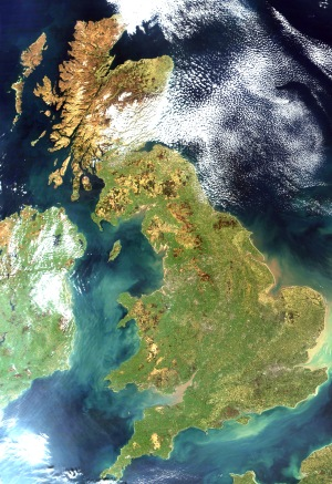 satellite_image_of_great_britain_and_northern_ireland_in_april_2002